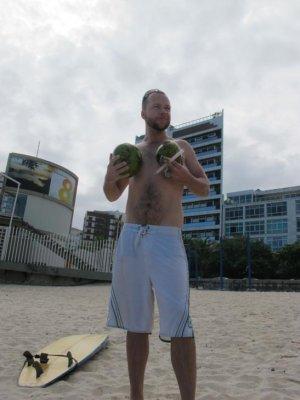 Shake those coconuts!