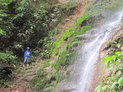 Dzi and the waterfall