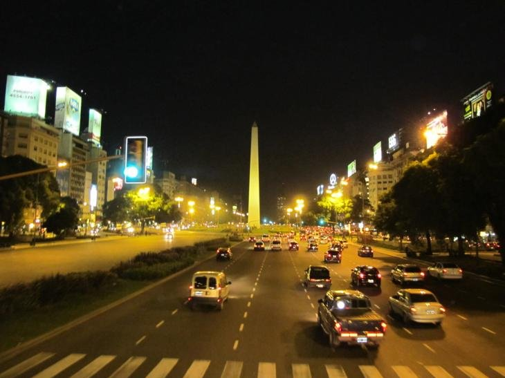 The 12 lane 9 de Julio - the widest road in the world??