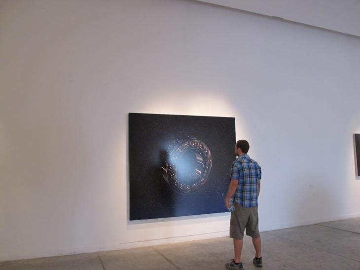 Admiring a work in the modern arts museum in Recoleta (or perhaps staring blankly)