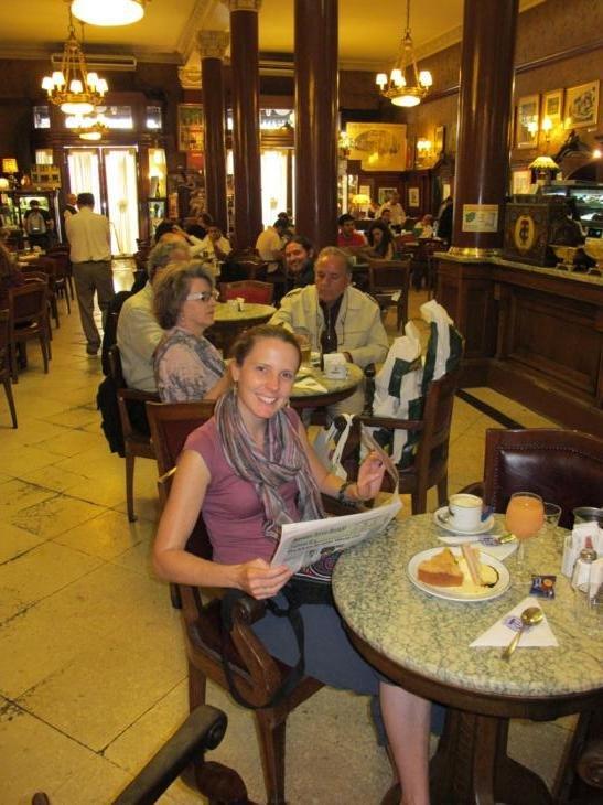Chelle in cafe heaven