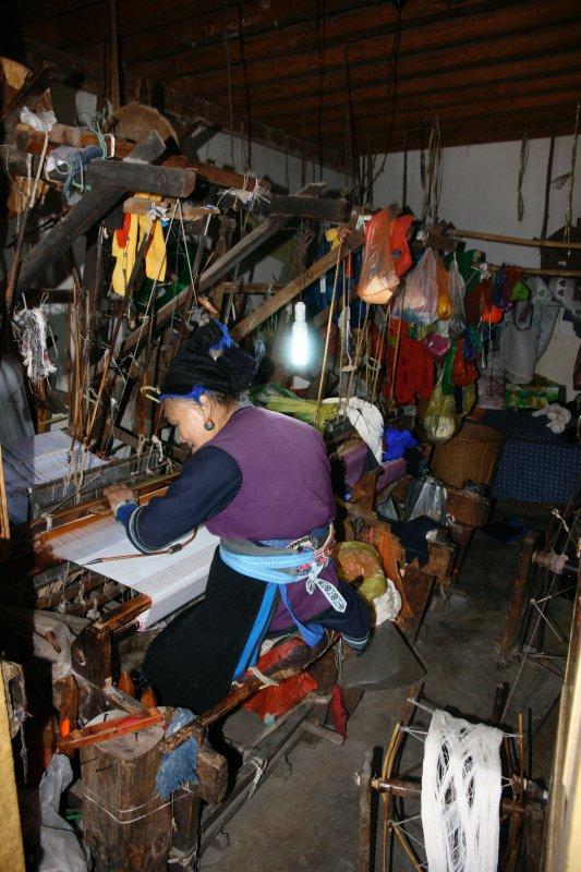 Last living fabric weaver in area