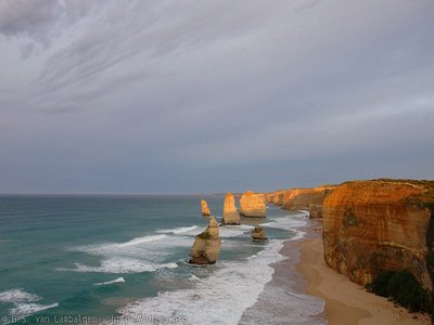 Dawn light over the Twelve Apostles