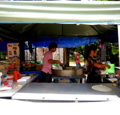 My favorite Thai roti street seller