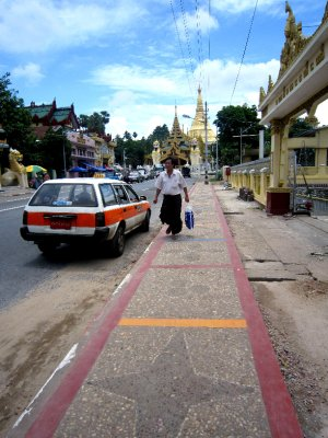 Road leading to Shwedagon Paya
