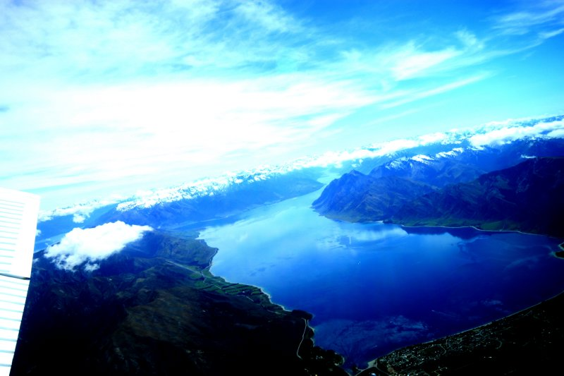Skydive over Lake Wanaka