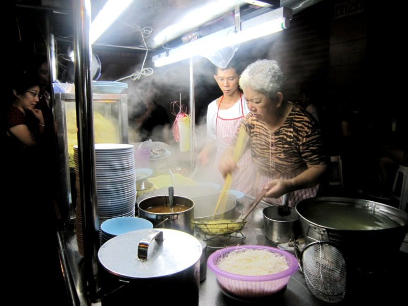 I couldn't stop watching this woman perfecting her noodles
