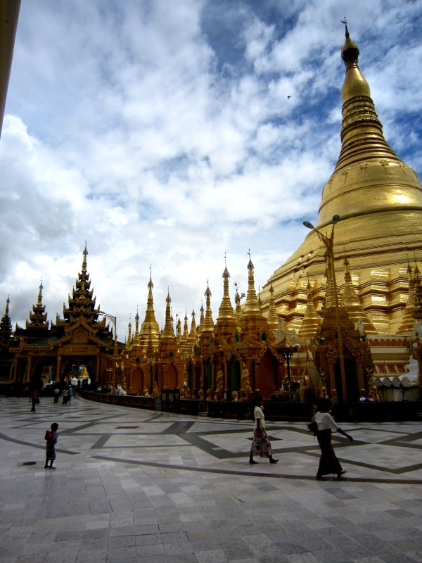 Shwedagon Paya Magic