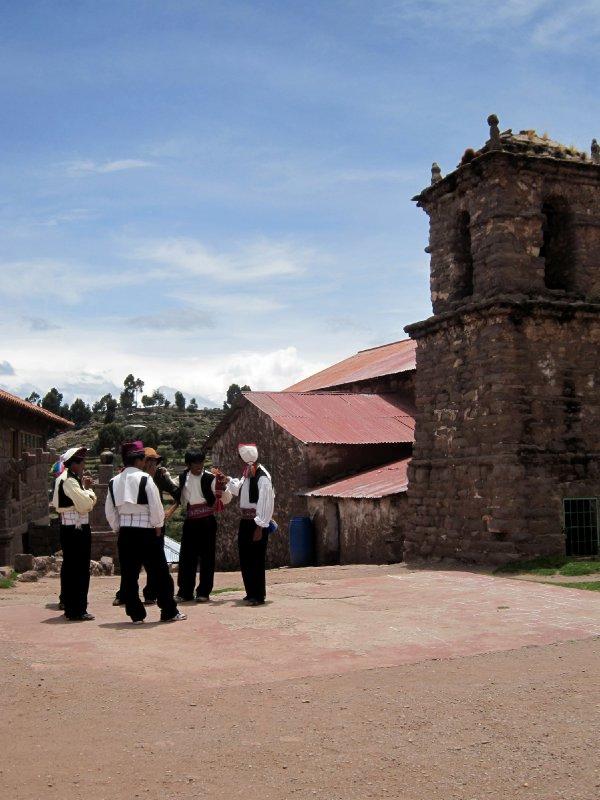Group of bachelors, Isla Taquile