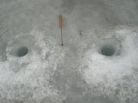 RU-ice-fishing-2.jpg