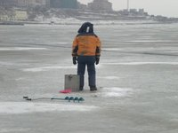 RU-ice-fishing.jpg