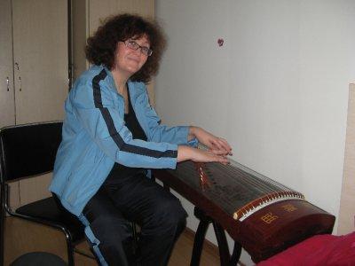 Mom playing guzheng 1