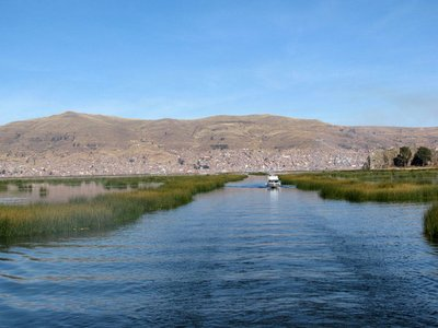 1boating_to_islands.jpg