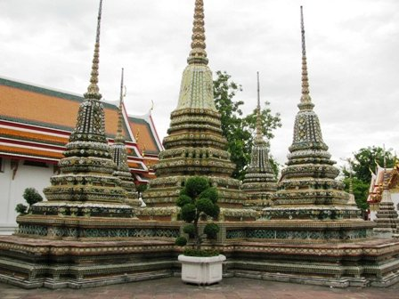 So many Stupas, Wat Pho