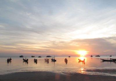 flotilla-sunset