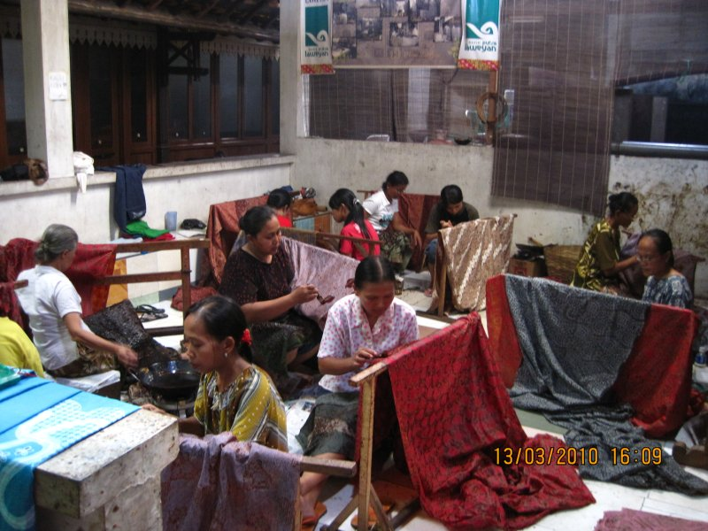 The hand-drawn batik
