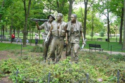 Statue honoring Vietnam Veterans 4.24.2010