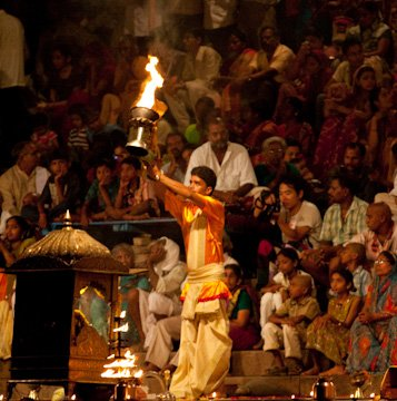 Ganges_Ceremony2.jpg