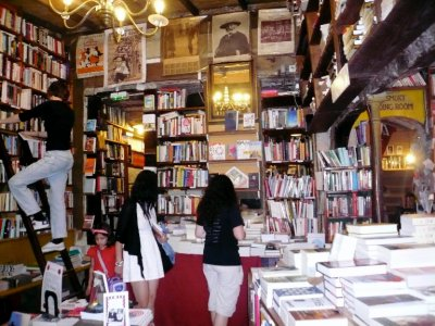 Shakespeare and Co! My new favorite bookstore!  There's even a piano upstairs to play and a typewriter cove!