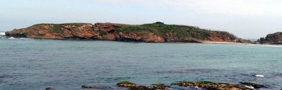 Warrnambool_Island.jpg