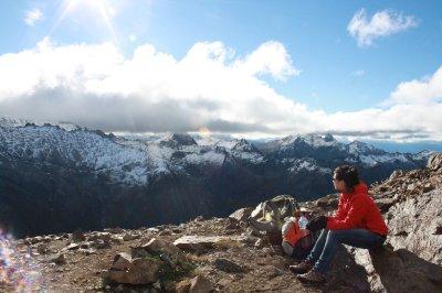 Reaching one of the peaks (21OO meters) after a 600 meters climb.