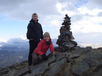 Laura managed to force a smile after an exhausting climb up to Pico Austria 5250 meters