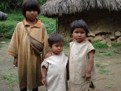 Some local native kids coming to check out the gringos passing by