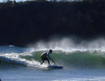 Henrik catching a nice left hander...thanks to Jonny finally we had some good surfphotos