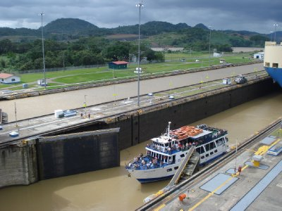 Opening the gates in the Canal