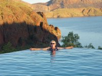 Nicky in infinity - lake Argyle in background