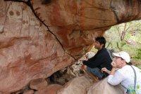 looking at rock art