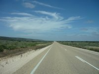 Eyre Highway - the long road to SA