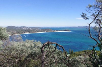 Looking back at Shoal Bay from the lookout