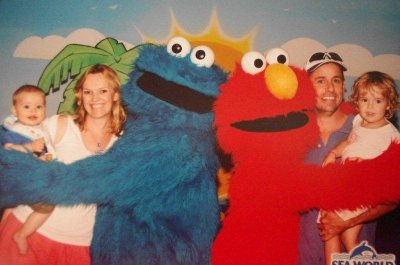 We meet Elmo and Cookie Monster at Seaworld