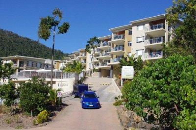 Summit Apartments, Airlie Beach