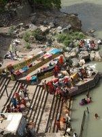 Rishikesh_bathing.jpg