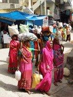 women_rishikesh.jpg