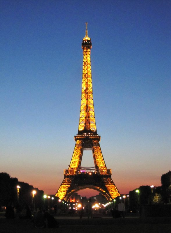 large_blog_eifel_tower.jpg