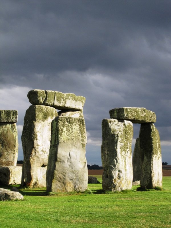 large_blog_stonehenge.jpg