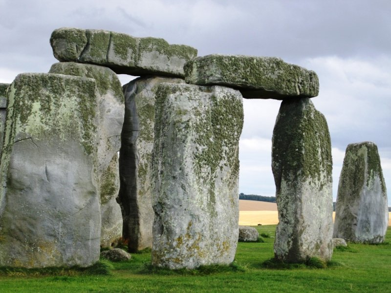 large_blog_stonehenge_2.jpg