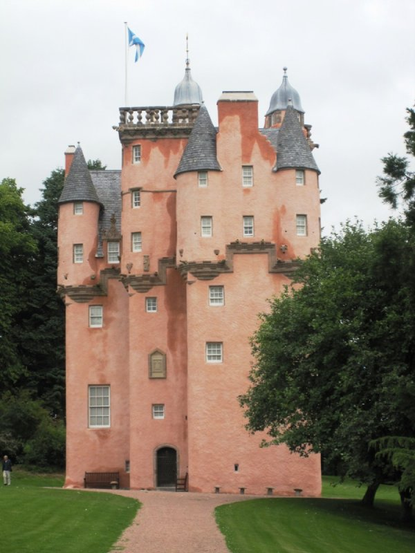 large_craigievar_castle__6_.jpg