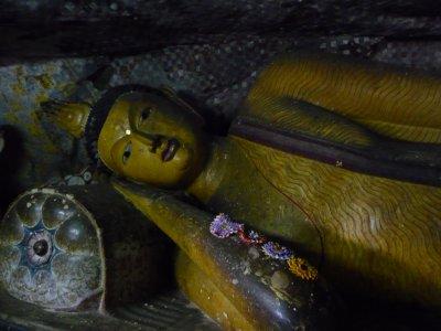 Dumbulla Buddha