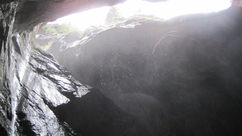 Trummelbach falls.JPG