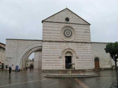 Basilica of St. Clare (Santa Chiara), Assisi