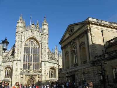 Bath Abbey and the Roman Baths entrance