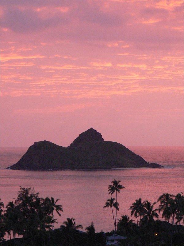Mokulua Sunrise