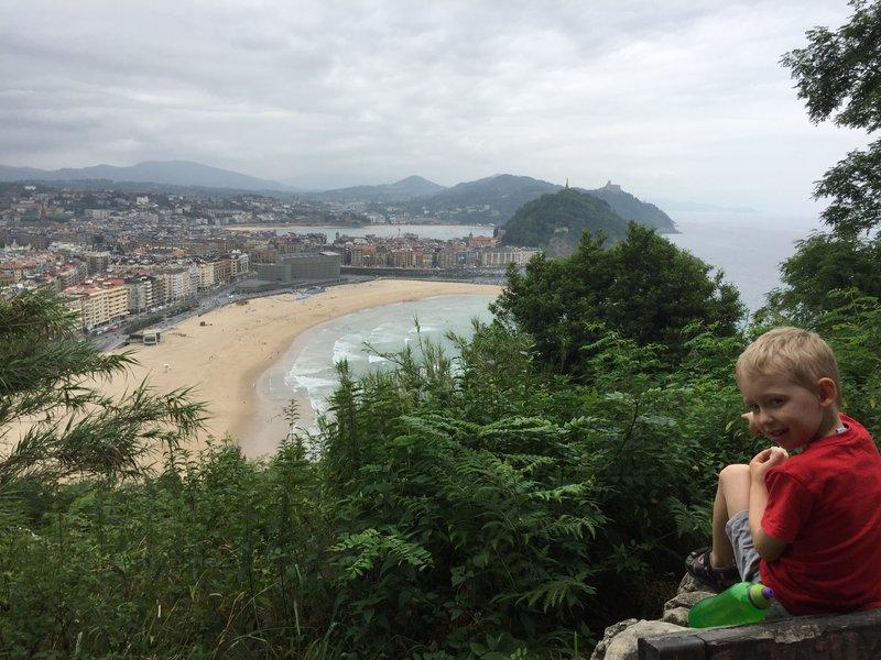 Daddy & Lewis hike up Monte Ulia, San Sebastián