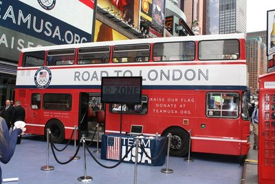 road to london tour bus