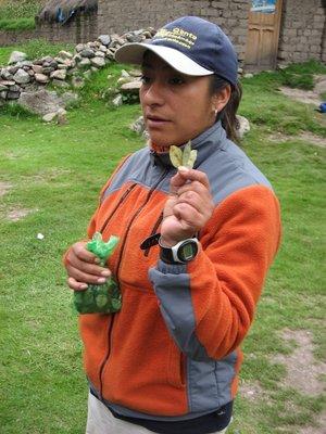 INC_D2 - Maritza telling us about coca leaves