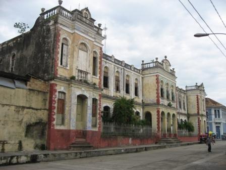 AMZN - School in Iquitos